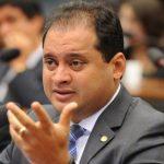 Weverton Rocha quer aumentar o fundo eleitoral para R$ 3,8 bilhões