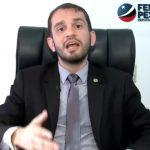 [VÍDEO] Deputado Fernando Pessoa responde a Duarte Júnior e diz que mais uma vez ele copiou um projeto de lei