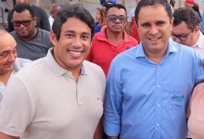 Osmar Filho e Edivaldo Holanda em visita a feira do bairro São Francisco