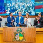 Assembleia concede Medalha Manuel Beckman ao médico Vitor Mendes Pereira