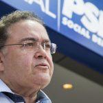 No Maranhão, senador Roberto Rocha se aproxima do PCdoB de Flávio Dino