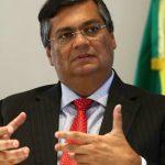 Flávio Dino quer aplicar vacinas no Maranhão sem autorização da Anvisa