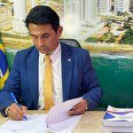 """""""Em meio à pandemia, Flávio Dino quer gastar R$ 140 mil com flores"""" diz deputado Wellington"""