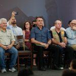 """""""Maranhão não tem motivos para reclamar de falta de leitos"""", diz Bolsonaro durante visita à Alcântara"""