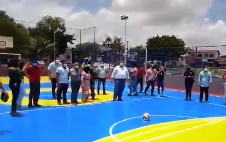 Ev_IONgXMAAHg6z No Maranhão, Flávio Dino ignora à pandemia ao participar de inauguração de praça em meio a um decreto de medidas restritivas
