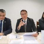 """Em vídeo, Bolsonaro diz que vacinação no Maranhão atrasa porque """"Flávio Dino não trabalha sábado, domingo e feriado"""""""
