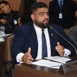 Paulo Victor projeta disputa à presidência da Câmara